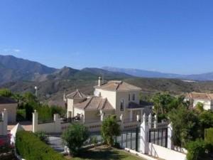 Chalet Se Vende en Alhaurin Golf , Málaga